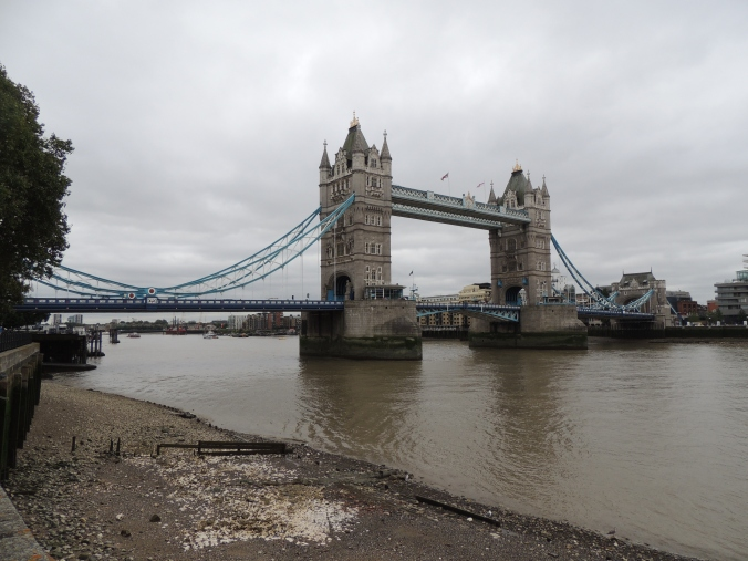 tower-bridge-at-low-tide