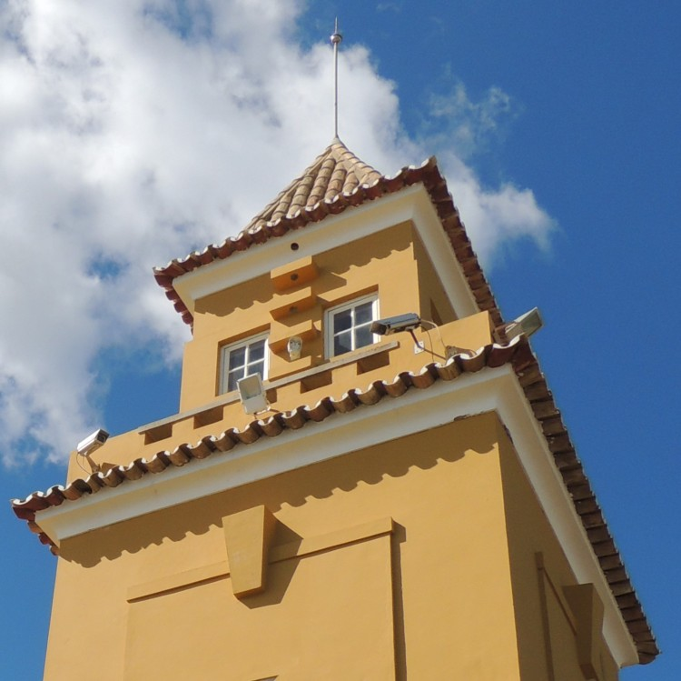 Roof Square