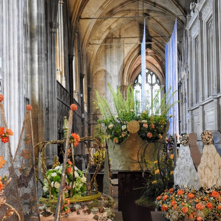 Flower Crowns at Winchester Cathedral